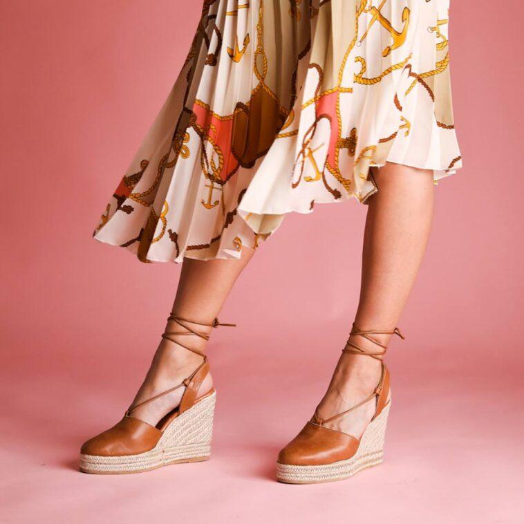 d063bdd3e40 Εσπαντρίγιες: Πώς θα φορέσεις το πιο HOT Παπούτσι - Koolnews